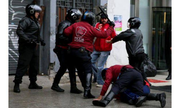 Provocación, represión, criminalización