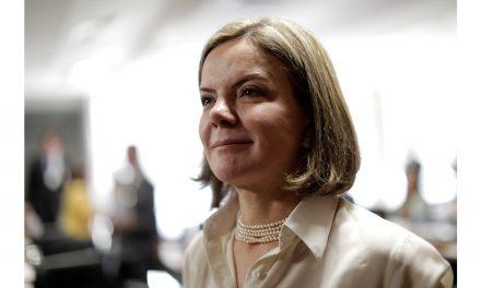 """""""Los nuevos golpes usan al Poder Judicial"""""""