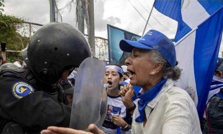 """""""Ortega encabeza una dictadura corrupta"""""""