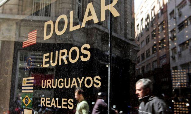 El dólar, un conflicto político